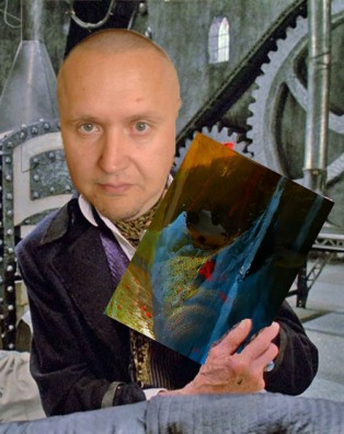 I.v. Martinez shows the artwork of Total E.T. - Experimentalien