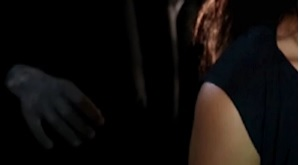 ^ a snippet of the screen when the dirty hand first appears close to the girl her shoulder