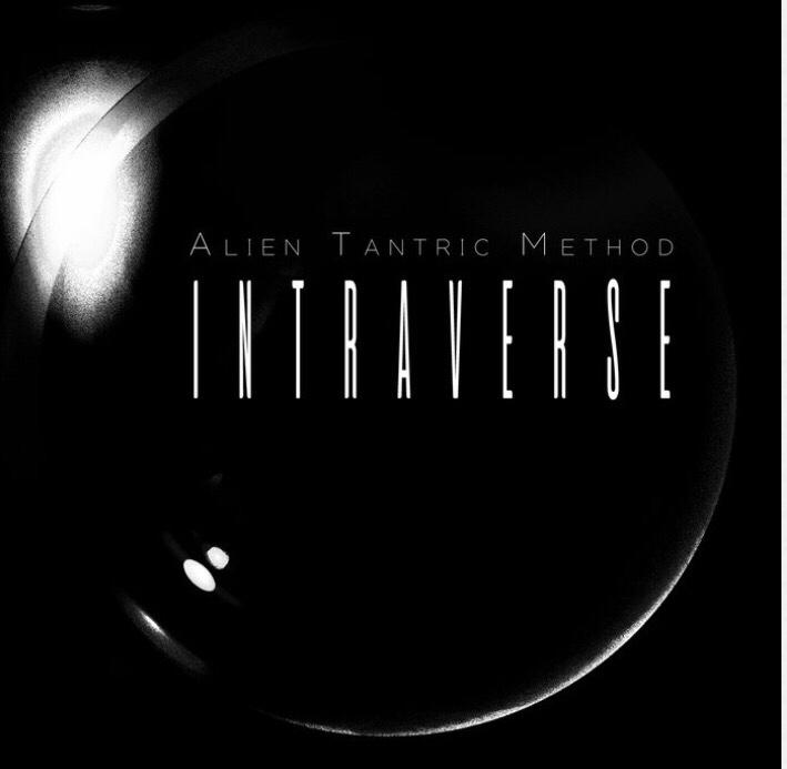 Intraverse I : Voyager
